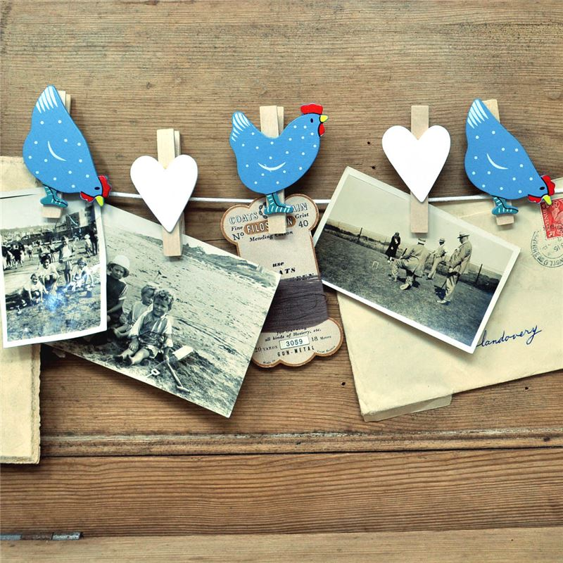 Order String of hand painted wooden pegs:  Chickens and hearts (blue)